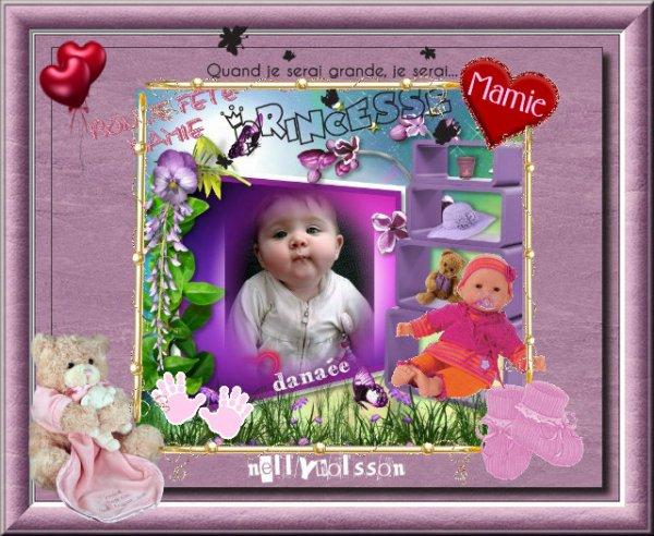 je vous souhaite un bon dimanche et une bonne fête a toutes les mamies avec une créa de ma petite fille agée de six mois gros bisous
