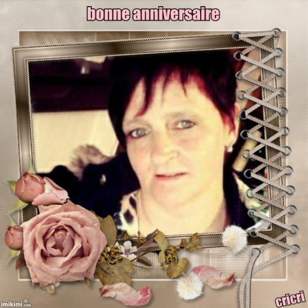 merci mon amie Christineditcricri pour cette jolie créa et kdo anniversaire du 23 décembre gros bisous du coeur