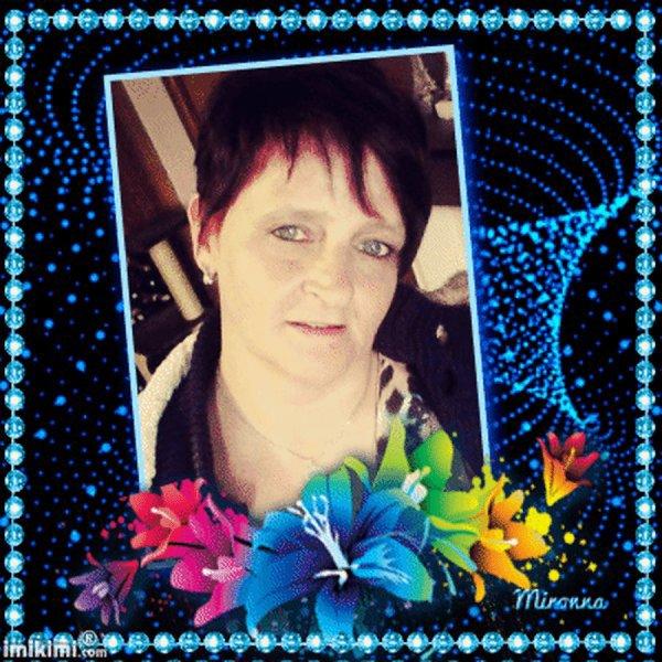 je vous souhaite un bon dimanche avec de jolies créas et kdos de mes amies et amis de toie  tmoi,mon amie Brigittekdo,et de mon amie blogkdo51,ainsi que mon amie Bégonia520