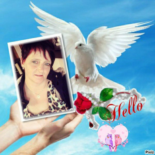 merci mon ami toietmoi pour ce joli kdo et de cette très belle amitié,bisous mon ami