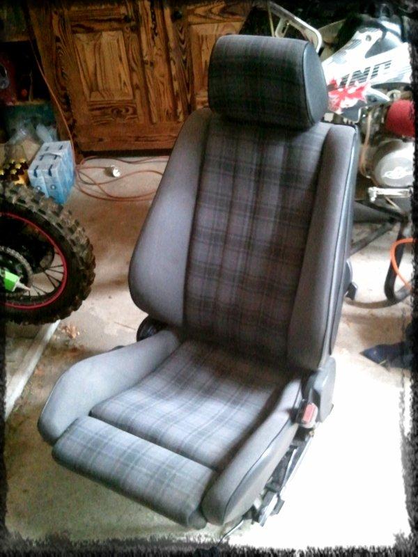 Mes nouveaux sièges SPORT!!! ^^