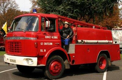berliet GAK pompiers chateldon (63)