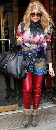 Fergie sortant de son hôtel