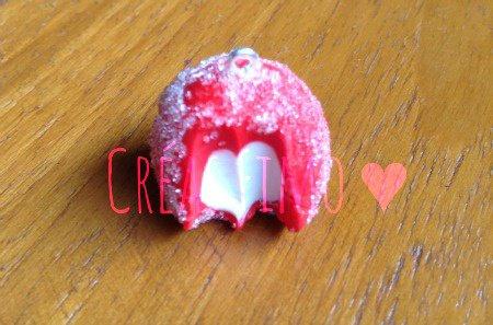 #40 Charme fraise tagada. ♥