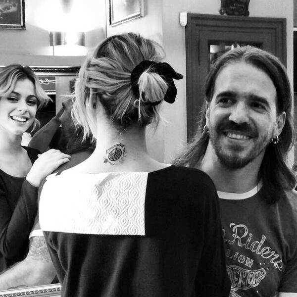 Tini et son nouveau tatouage <3