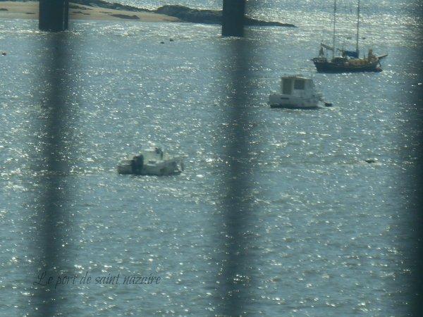 Le pont et le port de saint nazaire
