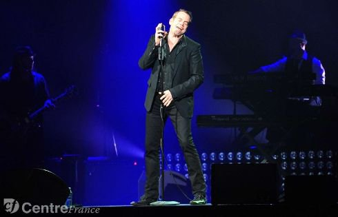 Le chanteur québécois a été accueilli à bras ouverts, hier, par quelque 1.400 spectateurs