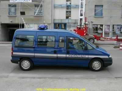 Peugeot Expert 5 Saint Amand Monrond)