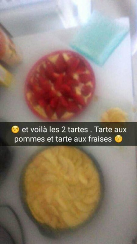 tarte aux fraises et tarte aux pommes