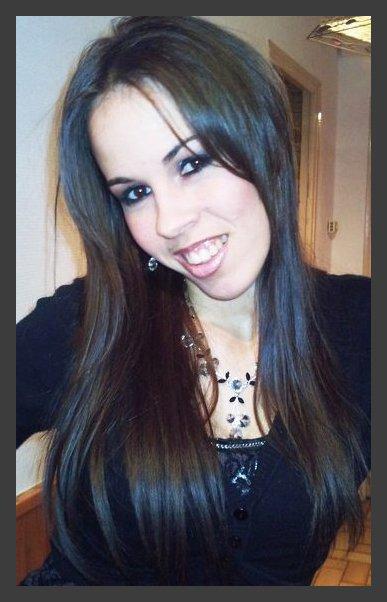 Bienvenue sur le Blog Officiel de la talentueuse chanteuse, Stéphy