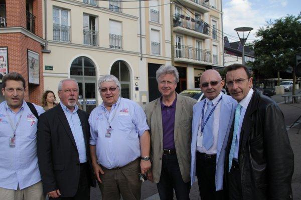 Les organisateurs ont été reçus par la municipalité de Noisy le Grand (Seine  Saint Denis)