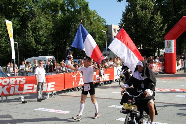 Jean-Marie ROUAULT (France)  2ème dans Paris -Colmar 2011 à la marche