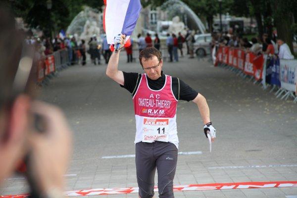 Pascal MARECHAL (France) 4 ème de Paris-Colmar 2011 à la marche