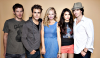Voici une nouvelle photo du cast datant de 2011 au Comic-Con viennent de sortir :-)