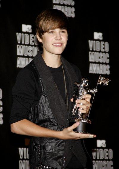 Justin Bieber flambe aux MTV Video Music Awards 2010