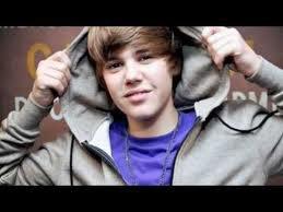 Justin Bieber : sa surprise à une école de musique !!