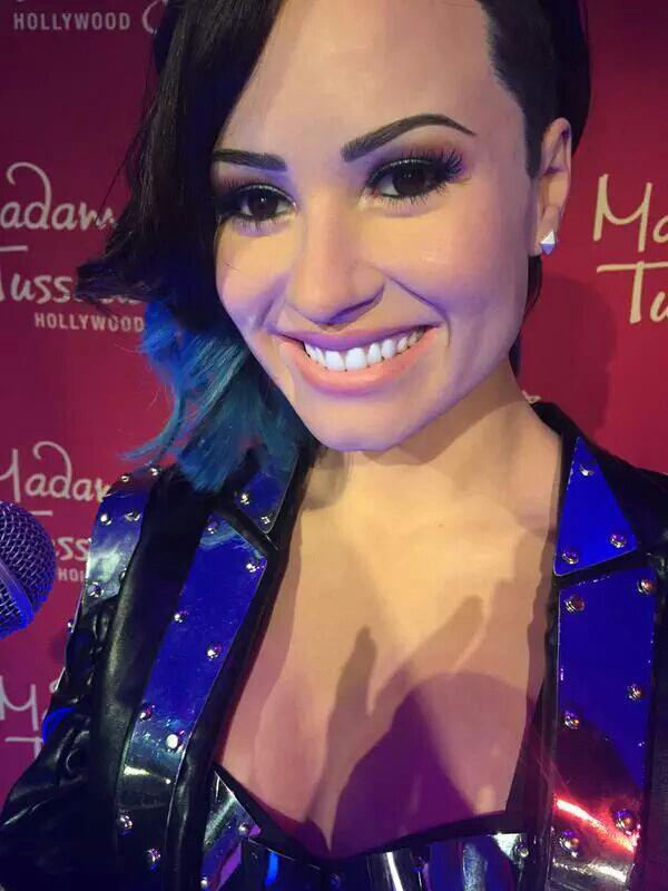 Statut de cire de Demi Lovato pour Madame Tussauds hollywood