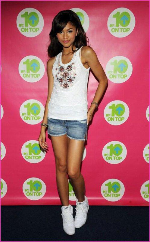 """Zendaya Coleman sur MTV """"10 on Top"""" le 24 Août 2013"""