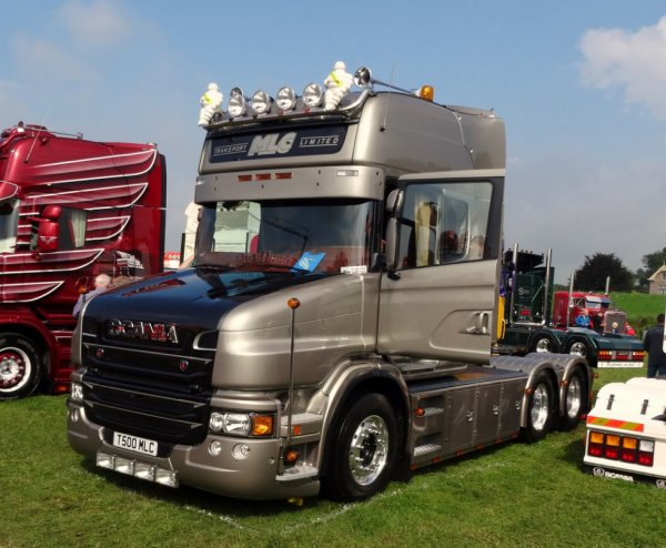Scania T500