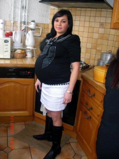 5mois et demi de grossesse et 8 mois de grossesse les deux