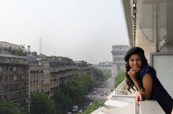 Shake it up : Bella et Zendaya à Paris... les photos !