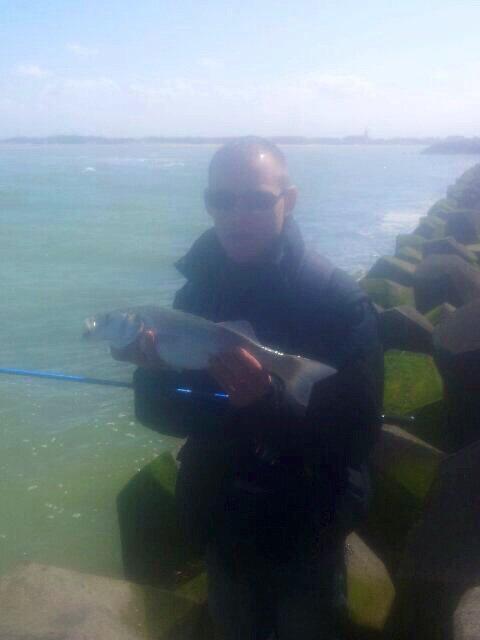 1er sea bass fishing lure mon 1er bar au leurre 46,5cm