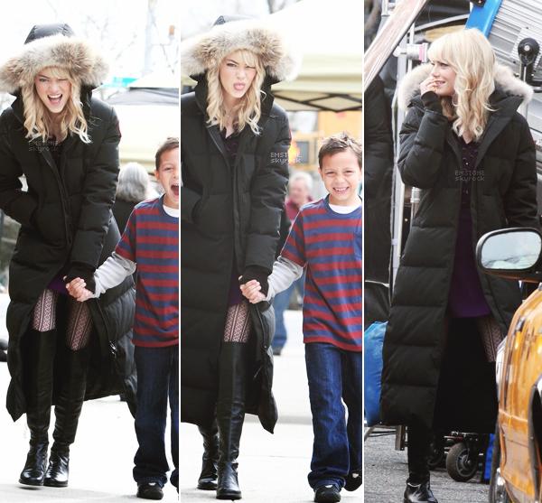 11/03/2013 : Emma était sur le tournage de The Amazing Spiderman  2 en compagnie de Shailene Woodley. La scène est celle de la rencontre entre Gwen Stacy ( Emma ) et Mary-Jane ( Shailene ). Emma est sublime !