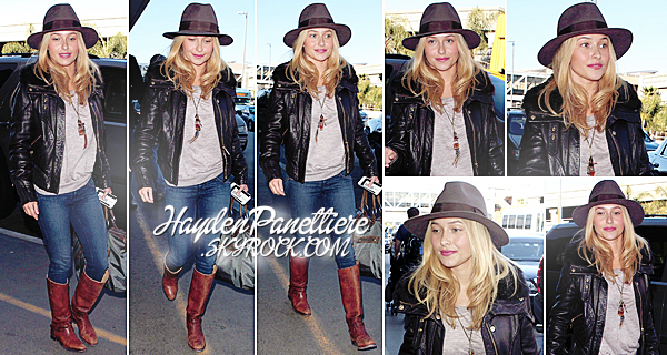 14 JANVIER 2013 : Hayden prenait un vol à l'Aéroport International de Los Angeles.