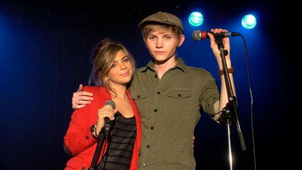 Caroline Costa &² Ulrik Munther ♥