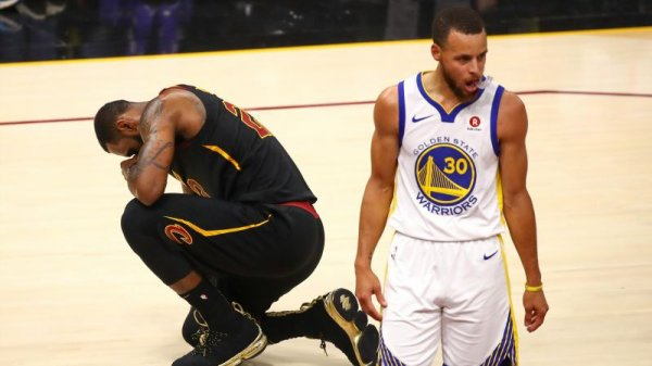 NBA : LES GOLDEN STATE WARRIORS CHAMPIONS