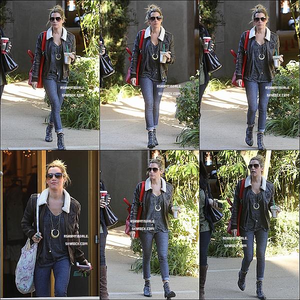 . 14.11.12 - Ash a été vue en quittant son rendez-dentiste à Los Angeles.Top ou Flop ? .