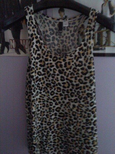 Débardeur léopard taille 34 (Mais va aussi à du 38) - 10 fdpc