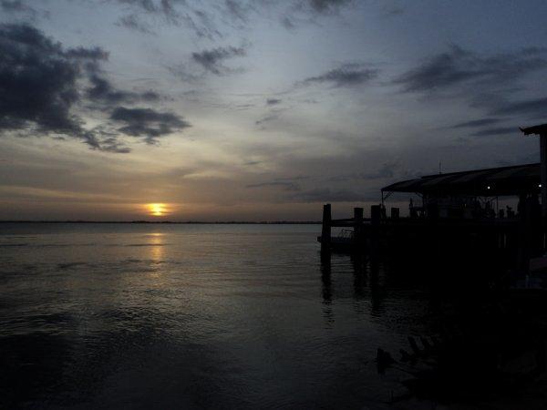 Un coucher de soleil sur l'Amazonne