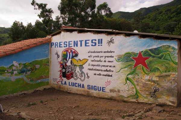 Sur la route du Ché : La Higuera