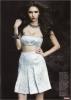 Je vous ai ajouté des scans du photoshoot de Nina pour le magazine Flare ,: comme toujours ,une Nina plus que splendide ! merci the-vampiresdiaries.com pour les photos .