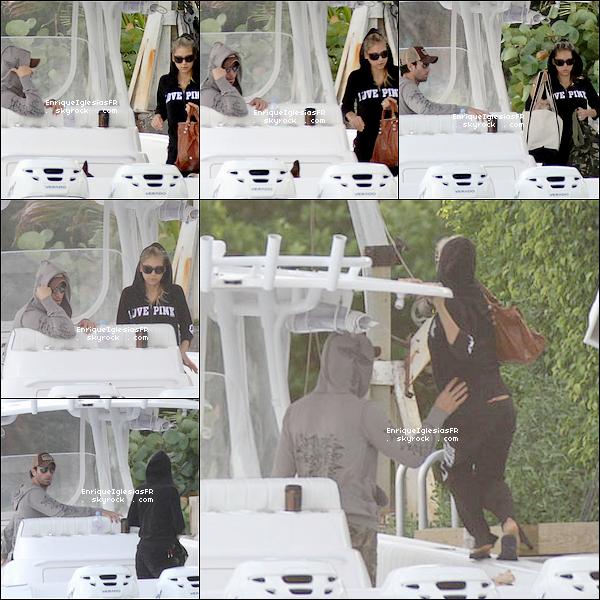 . Dimanche 01 Mai : Enrique et sa chérie Anna ont été aperçus a bord de leurs bateau..