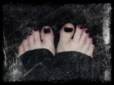 Aux adorateurs de pieds ;)