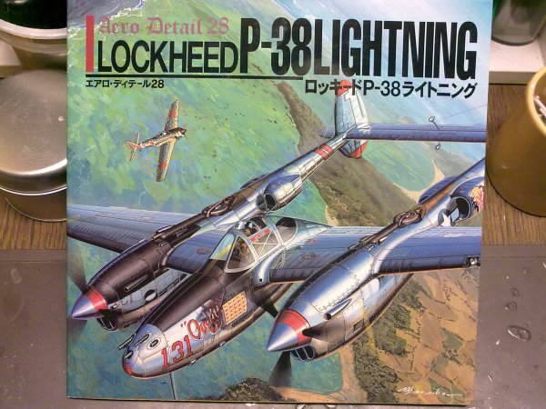 P38G LIGHTNING ALLEMAND 1/48 001