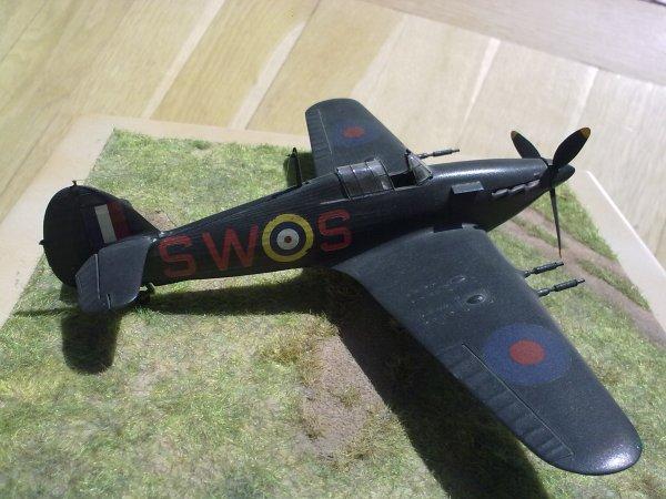 HURRICANE CHASSE DE NUIT RAF 1/72 002