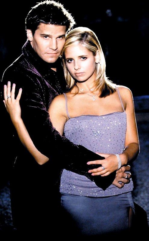 Buffy et Angel - Buffy contre les vampires