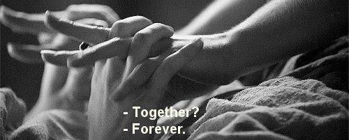 J'croyais que nous deux c'était pour toujours! Mais l'éternité c'est pas fini et pourtant toi t'es parti...