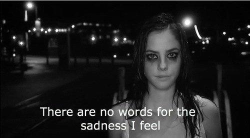 """""""Si tu lisais dans mes yeux tout ce que je ressens, tu serais en larmes."""""""