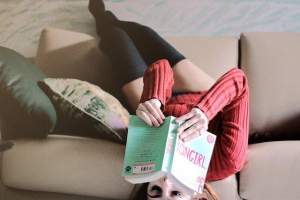 """""""Tout est clair dans ma tête, il y a toi, le café et les livres. Rien d'autre."""""""
