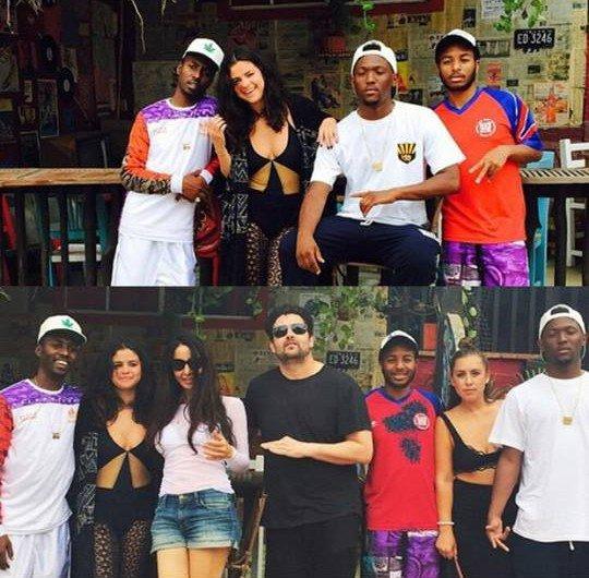Selena gomez, le 16 avril 2015 avec ses amies à México