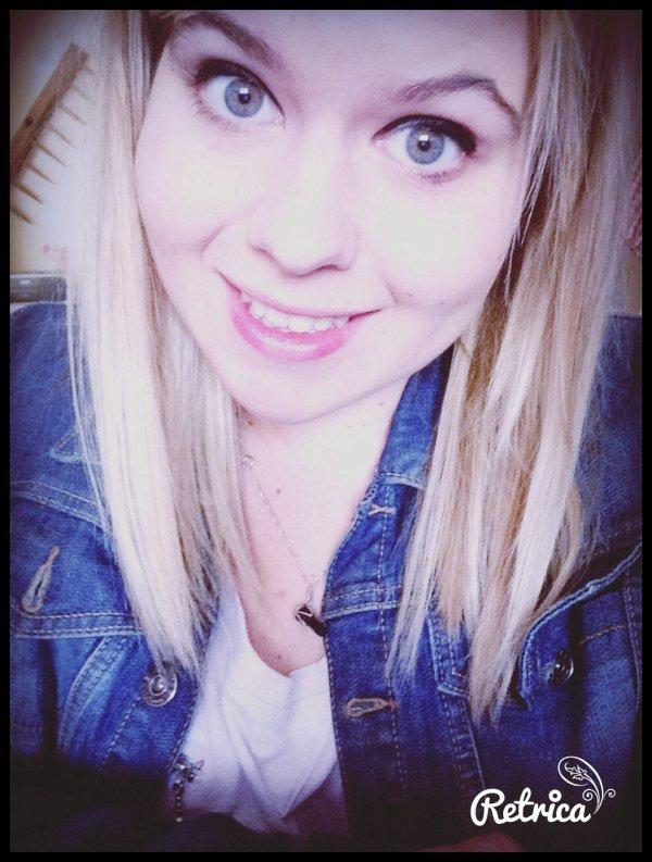 « Si la vie te donnes une centaine de raisons de pleurer, montre à la vie que tu as un milliers de raisons de sourire. »
