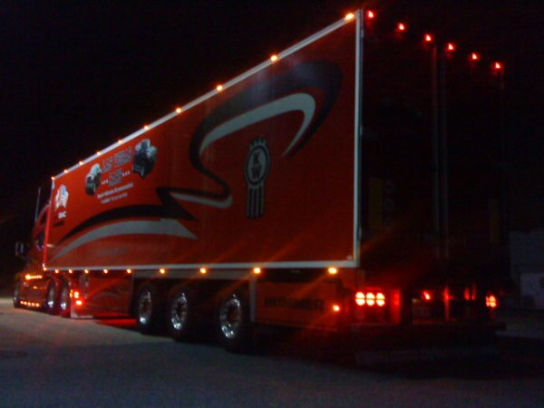 le T 2000 by night..........!!!!