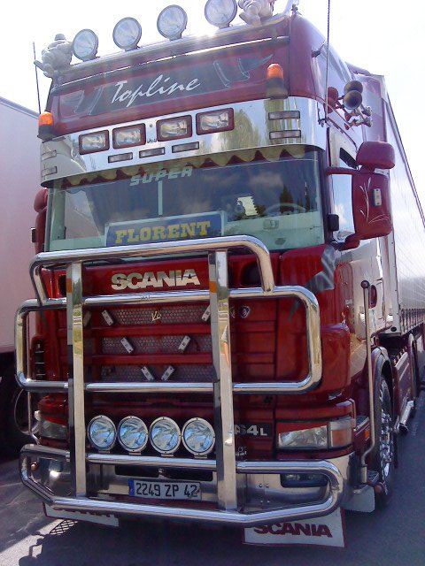 magnifique 164 580 ch.............!!!!!