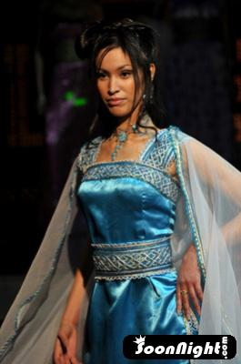 Robe Kabyle Haute Couture . Ouarda Créatrice de Mode Berbère 06.33.76.76.16