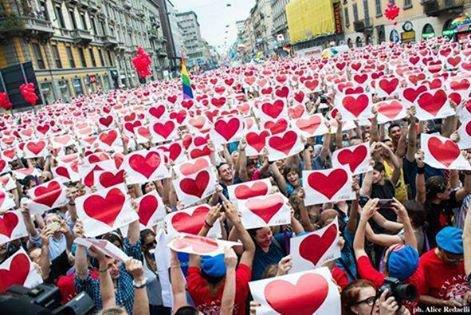 Une ceul terre , une seul humanité relier par l'amoure . peace and love