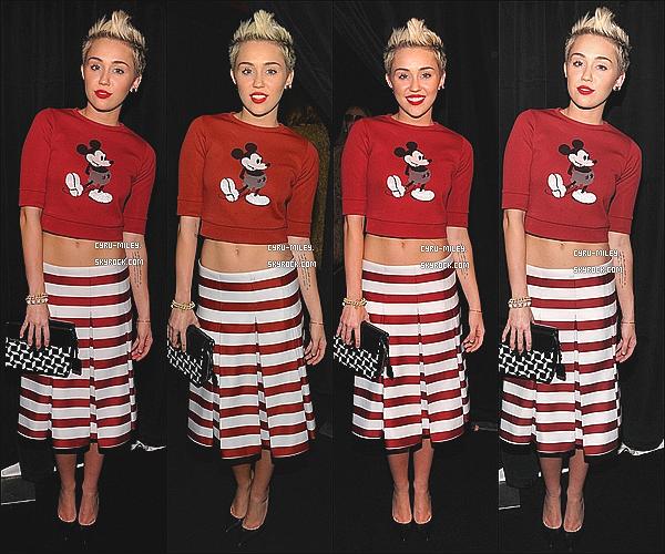 14/02/13  :  M. présente au défilé de Marc Jacobs pour la Fashion Week à N-Y.